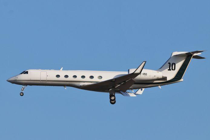 Een spotter kon de landing van het privévliegtuig van Lionel Messi vanochtend op beeld vastleggen.