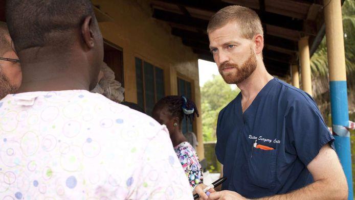 Kent Brantly (D) travaille pour l'organisation caritative Samaritan's Purse au Liberia. (archive).