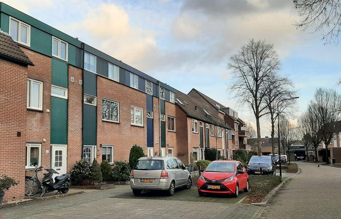 Het Bakhuis is een straat in De Heeze, Apeldoorn-Zuid.