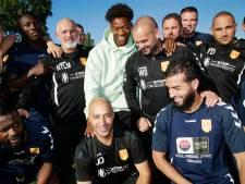 Tijjani Noslin als een komeet naar de eredivisie, met dank aan TOP Oss, Wesley Sneijder en Mounir el Hamdaoui