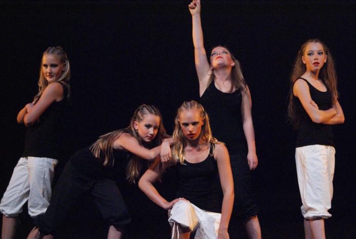 Dansstudio X-Dance begint bij Studio Sport in Tubbergen met lessen in streetdance.