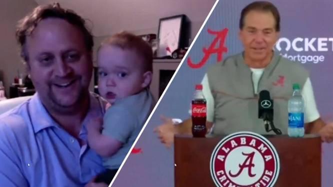 Baby verstoort persconferentie American Football-coach
