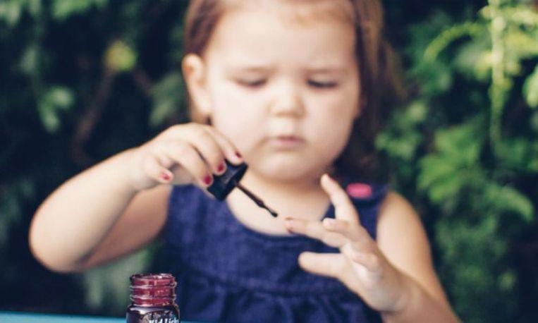 Amerikaans stel maakt eetbare nagellak voor kinderen
