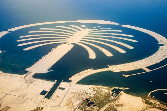 Een impressie van de ontwikkeling van Palm Island in Dubai, dat als inspiratie dient voor het nieuwe vakantiepark The Dutch Palm in Cuijk.