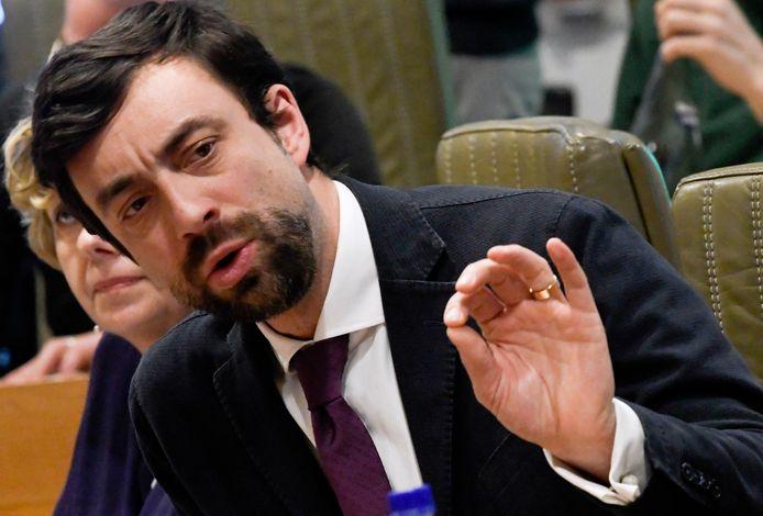 Willem-Frederik Schiltz (Open Vld) zal een schepenmandaat in Antwerpen, vanaf 2022, combineren met zijn rol van fractieleider in het Vlaams parlement.
