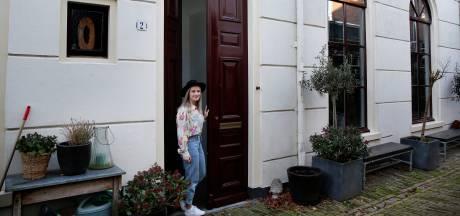Merel woont in een huis dat geschiedenis ademt: 'Alsof je teruggaat in de tijd'