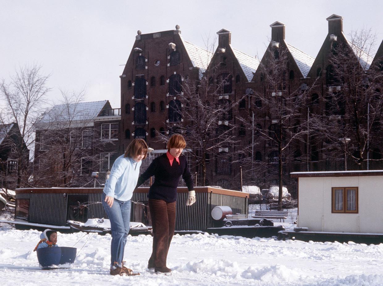 De strenge winter van 1979 in Amsterdam.  Beeld Ruud Hoff/ANP