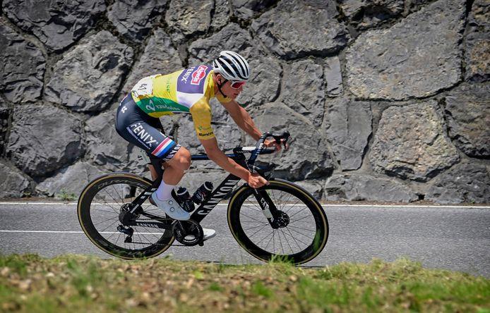 Mathieu van der Poel tijdens de 5de etappe in de Ronde van Zwitserland.