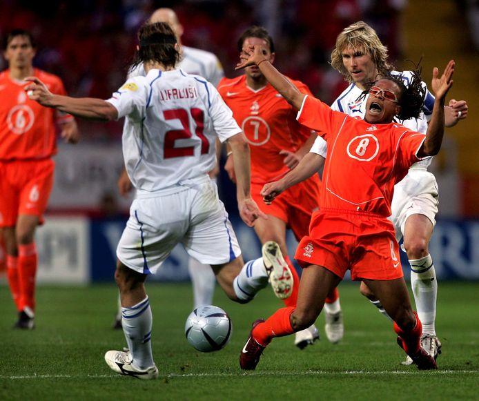 Oranje verloor op het EK 2004 met 3-2 van Tsjechië.