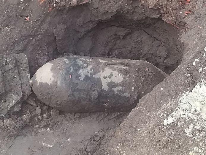De vliegtuigbom werd onschadelijk gemakt door DOVO.