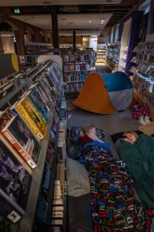 Slapeloze nacht in de bibliotheek van Kampen is er eentje voor de bucketlist