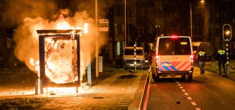 Tilburger (19) meldt zich bij politie voor betrokkenheid avondklokrellen in zijn stad