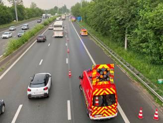 Vrachtwagen vat vuur op E40 in Erpe-Mere