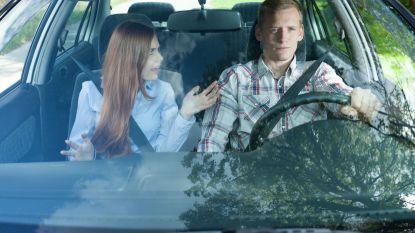 Helft passagiers ergert zich aan rijgedrag partner
