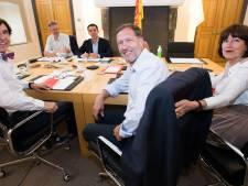 """Vacances pour les négociateurs wallons: """"Le personnel politique doit souffler un petit peu"""""""