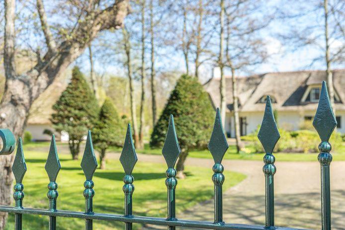 Villa aan de Torenweg in Haamstede, opnieuw de duurste straat van Zeeland
