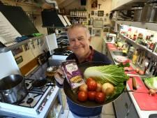 Emile geeft kookles in zijn garage: 'Je proeft het meteen als iemand de pest in het lijf heeft'