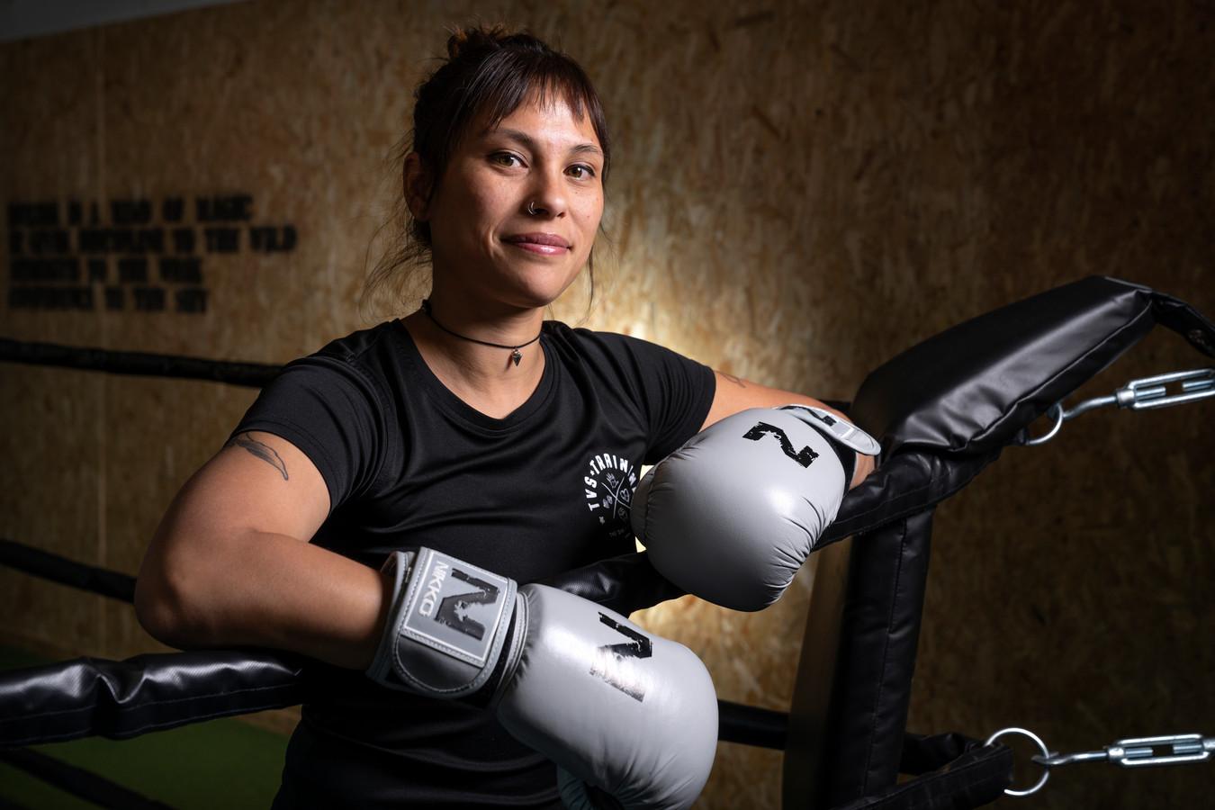 Voormalige zorgmedewerker Tessa van Stenus heeft nu haar eigen sportschool in Rosmalen.