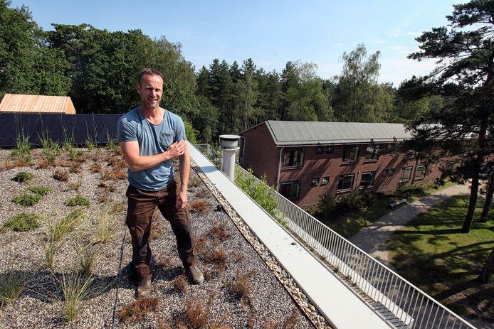 Robert Deliën van het Natuurpodium uit Bergen op Zoom heeft een aantal prangende kwesties bedacht waar leerlingen van het Roosendaalse JTC zich over gaan buigen.