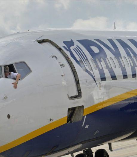 Enquête après trois atterrissages d'urgence chez Ryanair