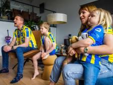 Jan kijkt met familie naar RKC tegen FC Twente: Schreeuwen, puffen, wrijven, uiteindelijk juichen