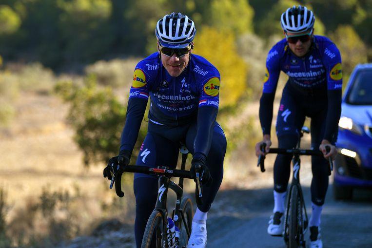Fabio Jakobsen traint weer na zijn horrorcrash in de Ronde van Polen vorig jaar. 'Je kunt ongevallen niet uitsluiten', zegt Lefevere. Beeld Getty Images