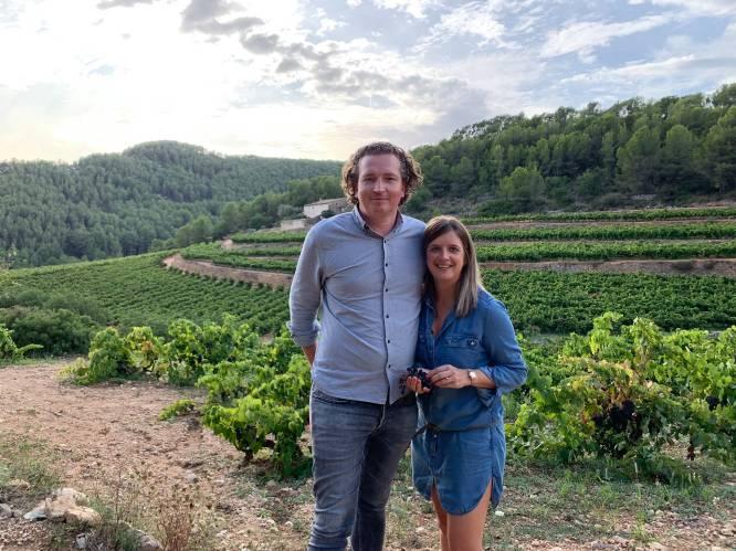 """Zo verging het Belgische cava- en wijnmakers in Spanje tijdens coronajaar: """"Oogst gehalveerd, maar meer genoten van onze omgeving en dochters"""""""