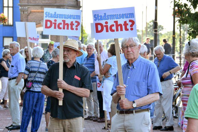 Protest tegen de bezuiniging op het Stadsmuseum.