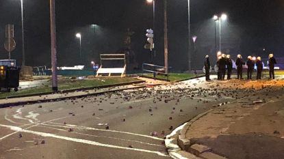 """Opnieuw """"stedelijke guerrilla"""" met veel vernielingen in Charleroi, zeven arrestaties in Wallonië"""