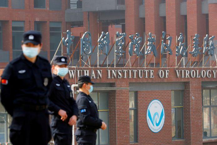 Het Wuhan Institute of Virology in de Chinese stad Wuhan. In die Chinese stad werd voor het eerst een coronavirus uitbraak vastgesteld.