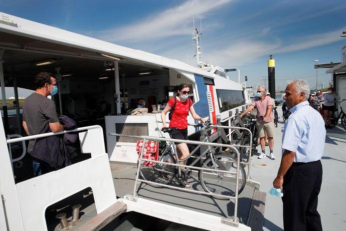De Fast Ferry vaart nog tot 1 januari tussen Hoek van Holland en de Maasvlakte.