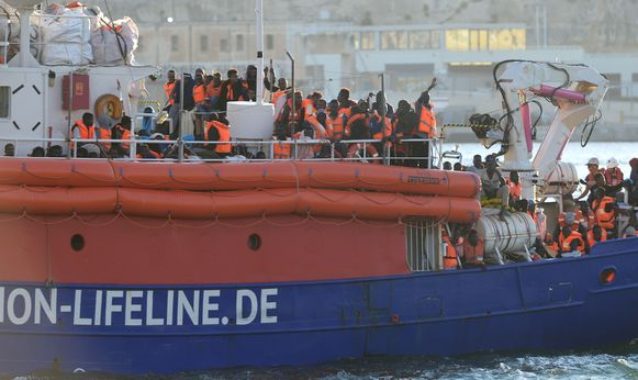 Het ngo-schip meerde op 27 juni aan in de haven van Valletta, op Malta. Ons land zal maximum 15 van de ongeveer 230 geredde migranten opnemen.