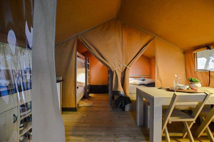 Vijf dergelijke luxetenten komen deze zomer op Het Prullenbos.