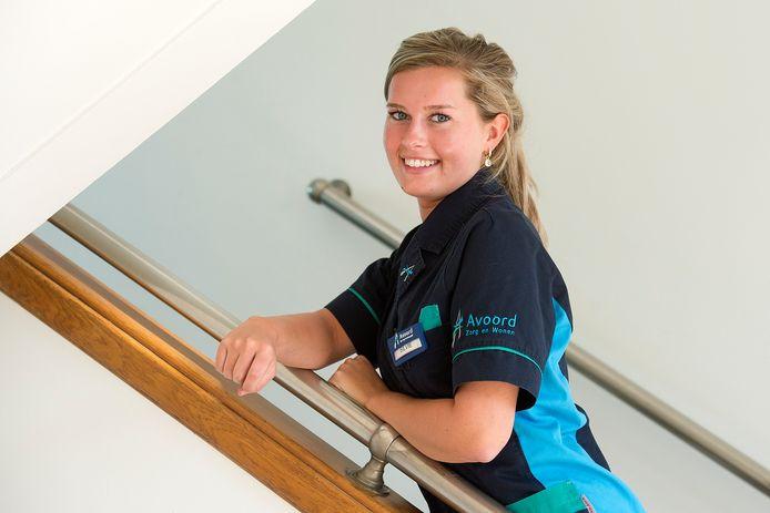 Verpleegkundige Silvie Vlug vertelt over haar ervaringen op de werkvloer tijdens de coronacrisis. We konden haar niet op haar werkplek fotograferen, omdat daar nog steeds zeer beperkt bezoek is toegestaan.