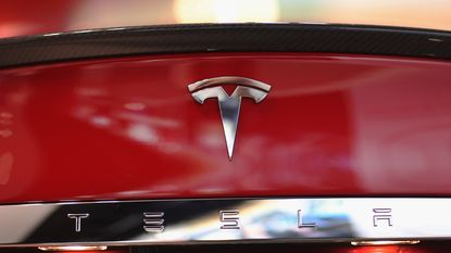 """""""Tesla gaat fabriek bouwen in China"""""""