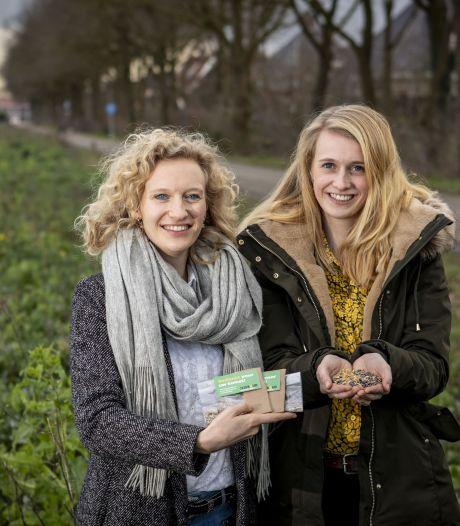 De wilde bloemen van Beuningse zussen kleuren Noordoost-Twente; 'Afgelopen jaar 30.000 m² ingezaaid'