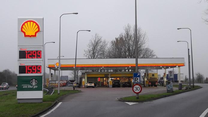 Shell-tankstation A325 bij Elst, richting Arnhem