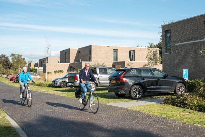 Het bouwproject aan het Domineesbosje in Burgh-Haamstede werd ooit voor starters op poten gezet, maar er wonen maar een paar jonge gezinnen