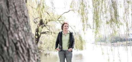 Moeder van verongelukte backpacker Gerben (28) is nu wandelcoach: 'Verdriet blijft, maar de natuur heelt'
