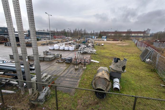 Het terrein achter de gemeentewerf van Arnhem aan de Snelliusweg dat bestemd is voor raamprostitutie.