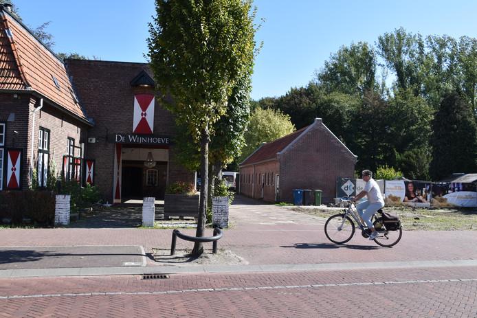 Oude varkensstal van Kasteel Heeze wordt een stijlvolle brasserie.