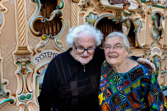 Sjef en Iet van de Vrande stoppen met hun orgels. Zaterdagmiddag was hun orgel voor het laatst te horen in Someren.