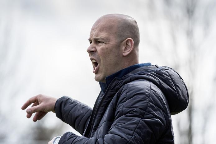 Quick-trainer Michel Steggink zag zijn ploeg afgelopen week met 5-1 en 6-1 verliezen van clubs uit lagere klassen.