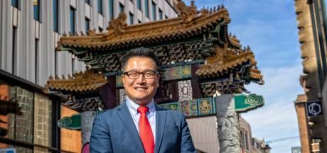 Haagse nuchterheid en Chinese harde werken heeft vastgoed- en telefonie-tycoon Atom Zhou ver gebracht