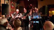 De Totale Waanzin maakt van Café chantant groot succes