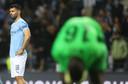 Sergio Agüero baalt. Weer geen CL-winst voor City.