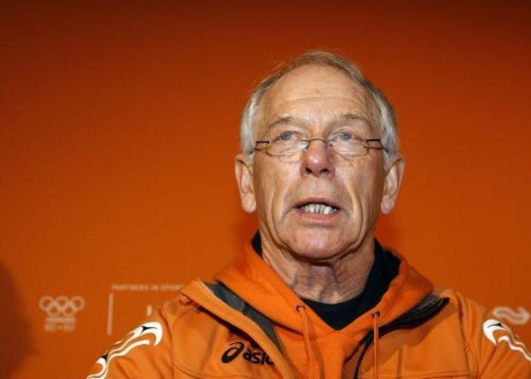 Chef de Mission Henk Gemser tijdens een persconferentie in Vancouver. ANP Beeld
