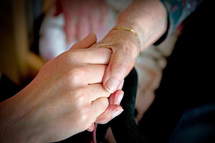 Extra geld moet zorgen dat er ook thuis meer aandacht komt voor de geestelijke gezondheid van ouderen.