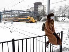 Werken in dit winterweer: zij gaan de kou in om anderen warm te houden