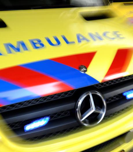 Man valt hulpverleners aan in Eindhoven na behandeling